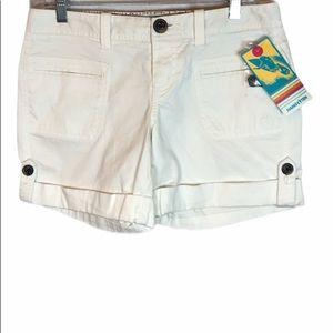 NWT Hang Ten white micro corduroy shorts